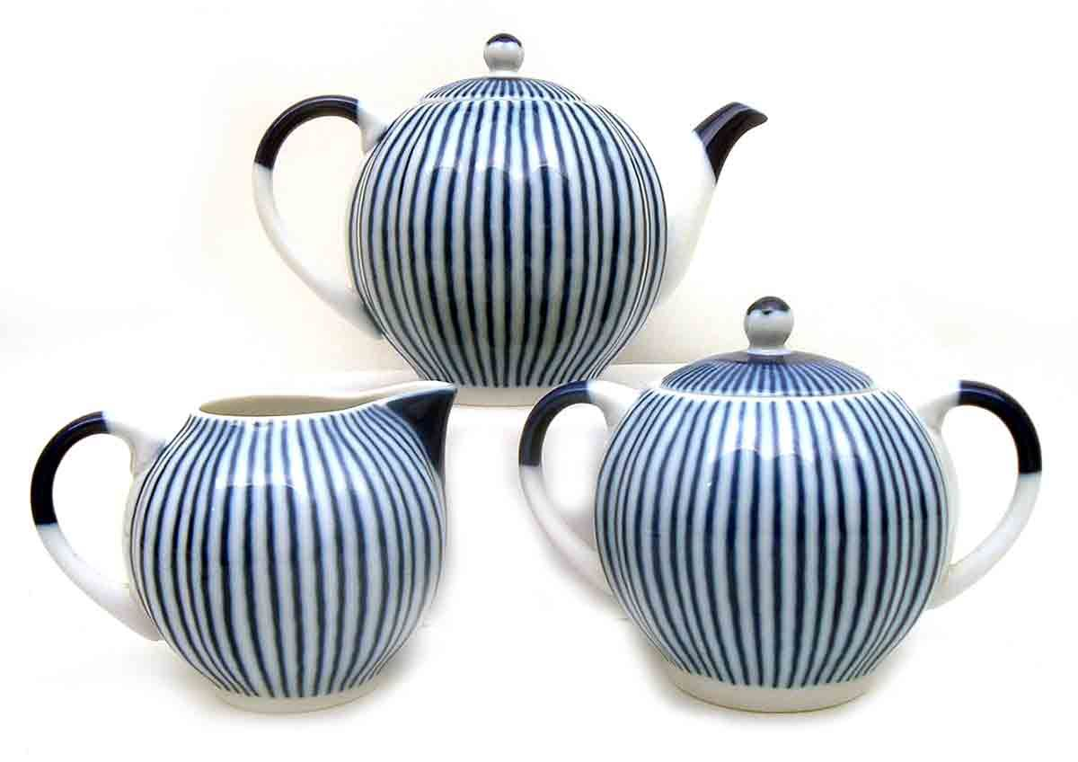 """""""Breakfast"""" Lomonosov Porcelain  Elegant morning porcelain pattern"""