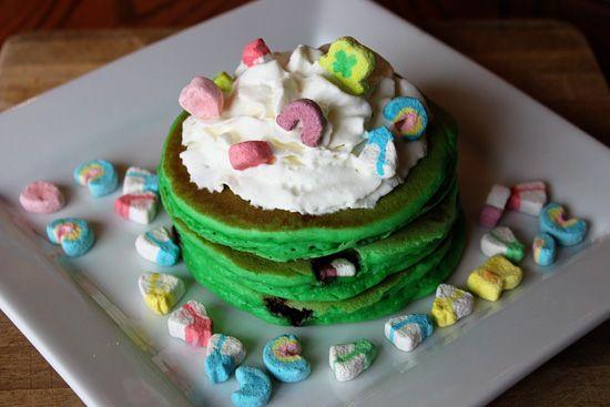 """Lucky Charms Pancakes : A Top o' the Morn"""" recipe + tutorial."""