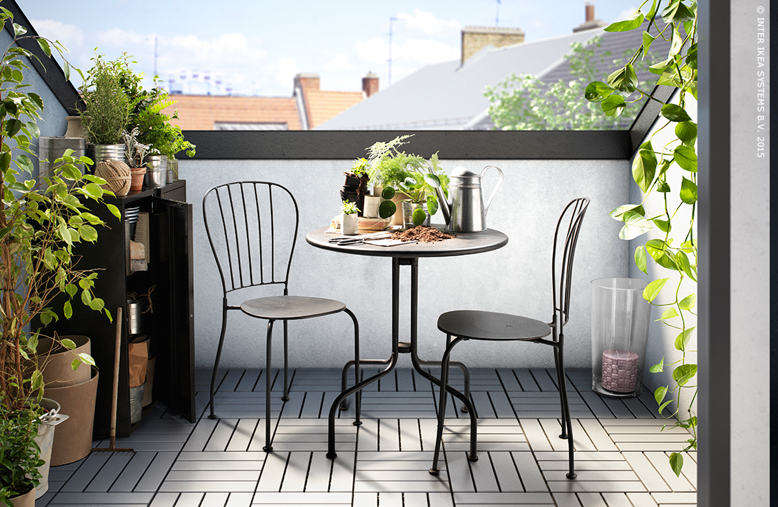 L ck table 2 chaises ext rieur gris balconies catalog and porch - Table et chaises ikea ...