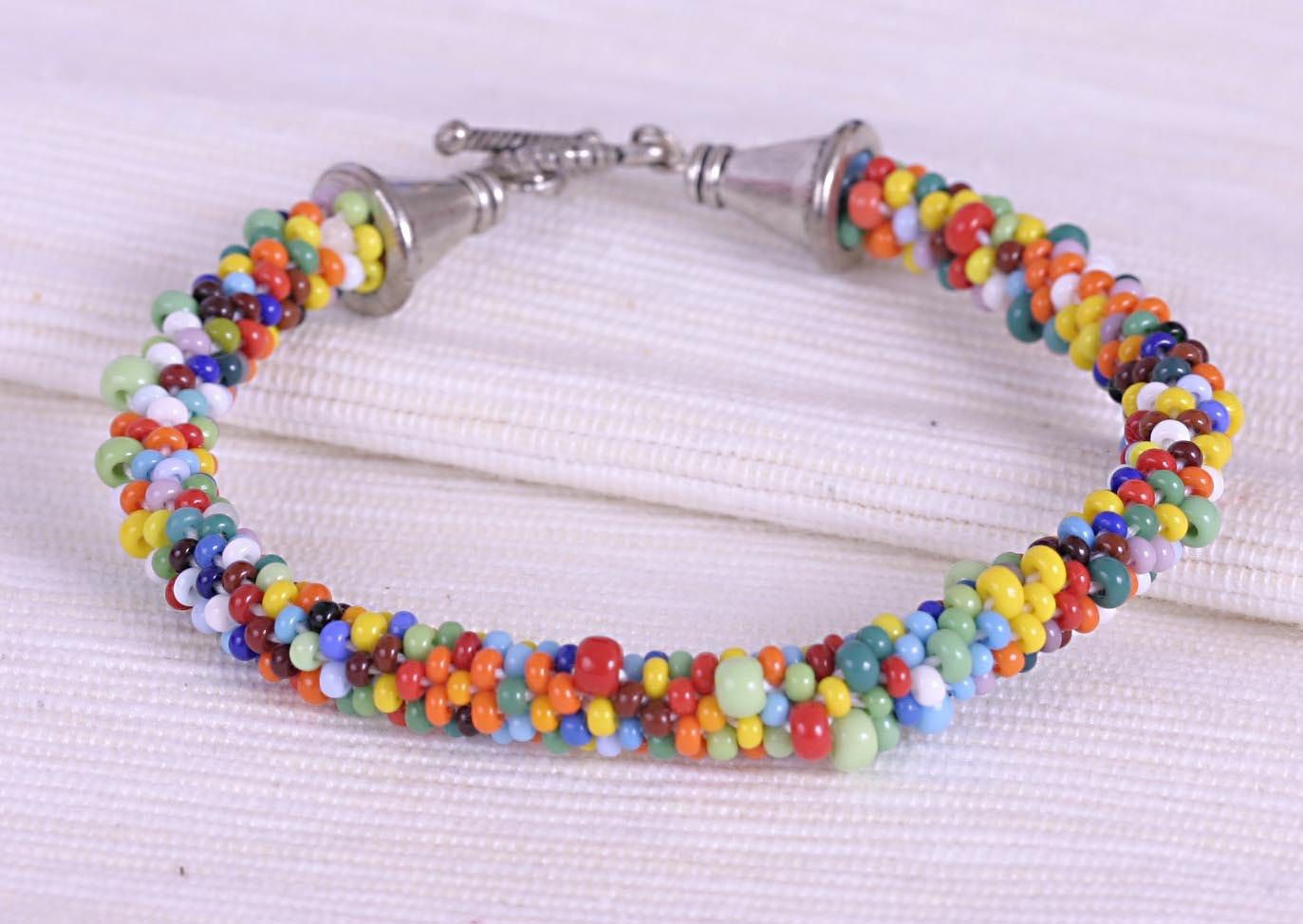 "Bracelet connectedness hook from the Czech beads ""rainbow colors"" FREE SHIPPING WORLDWIDE (12.00 USD) by Spillikinsbijou"