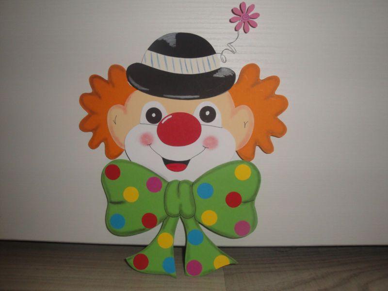 Tonkarton fensterbild clown kopf karneval fasching falten - Clown basteln kindergarten ...