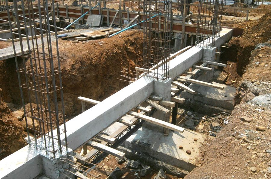 Individual footing with plinth beam connecting them for House foundation styles