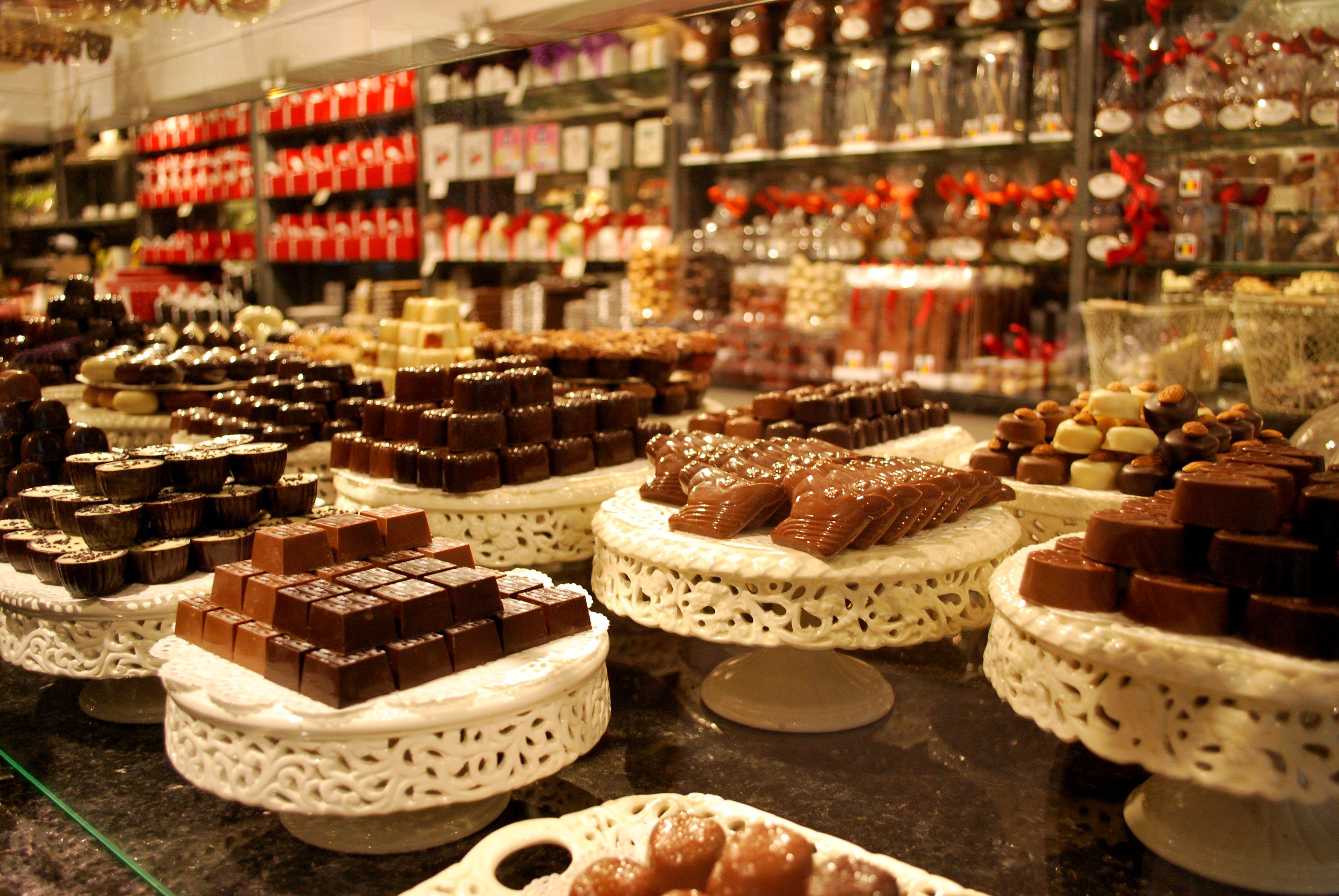 Resultado de imagem para chocolates belgica