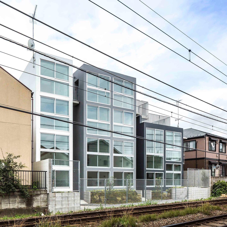 Mimosa Pudica Dormire 線路敷に面する賃貸マンションの計画 前面