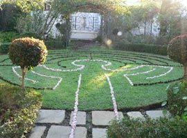 Rainbow Labyrinths