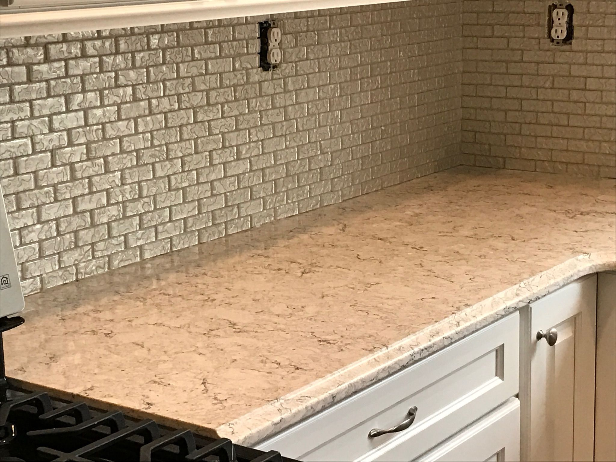 Lg Aria Quartz Countertops Perfect With Glass Tile Backsplash