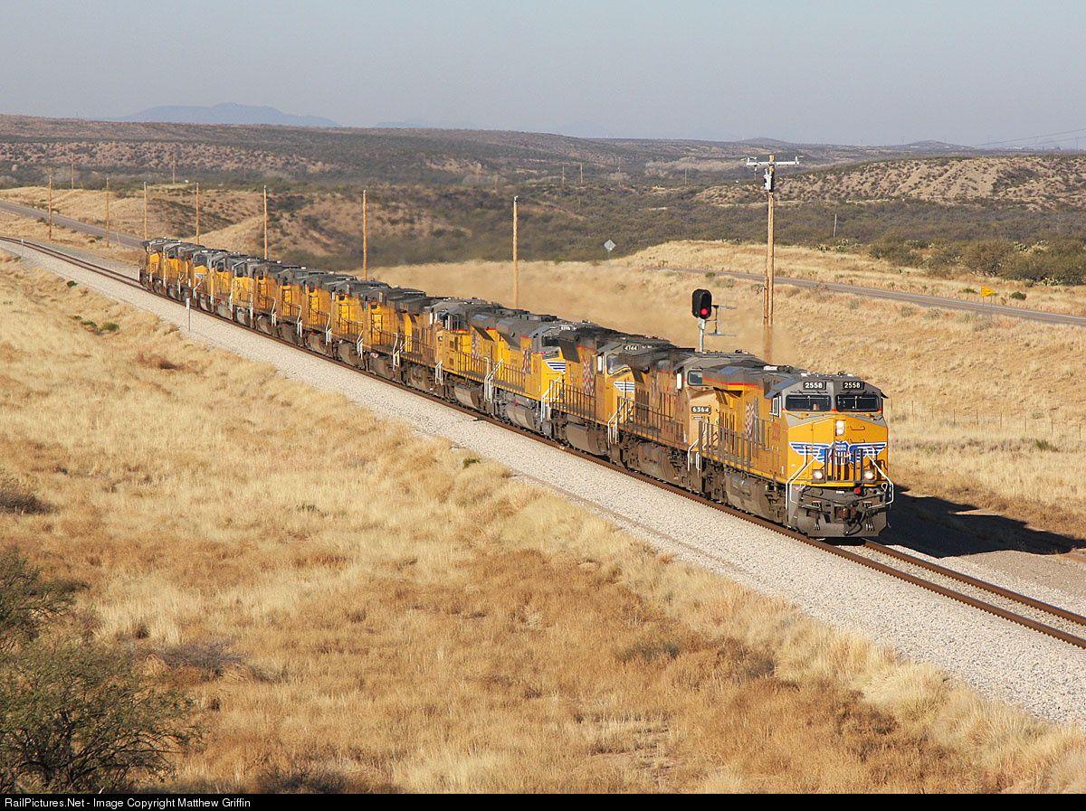 Foto RailPictures.Net: UP 2558 Union Pacific GE ES44AC em Pantano, Arizona por Matthew Griffin