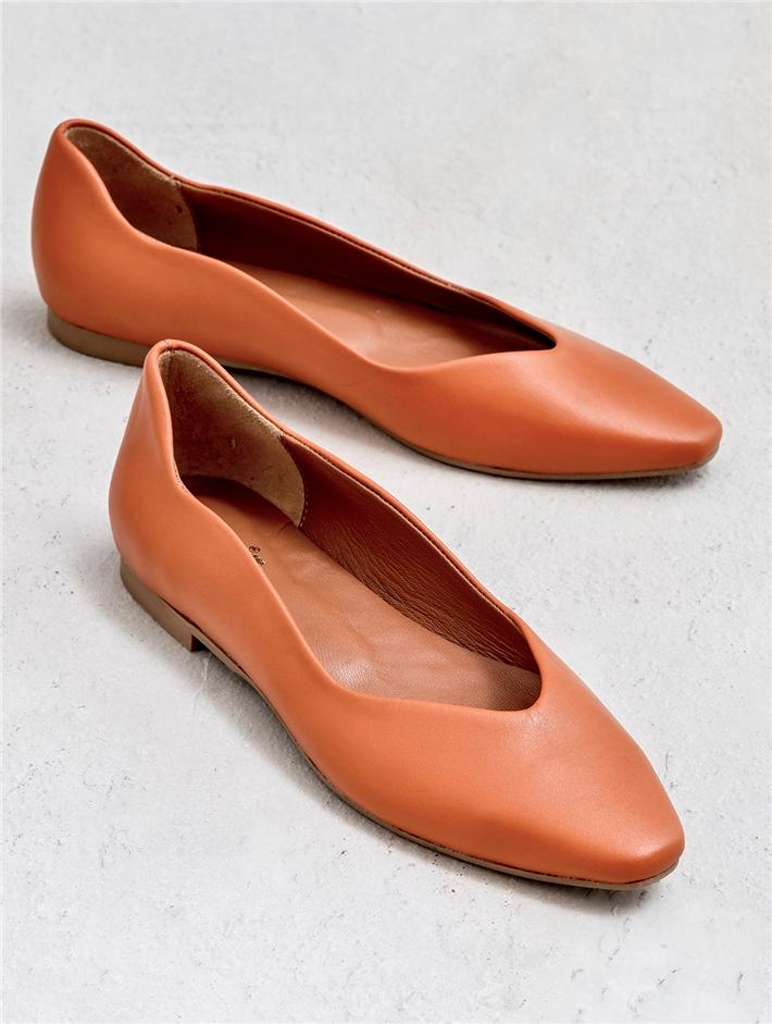 Shoes Sandals Slippers 8 Panosundaki Pin