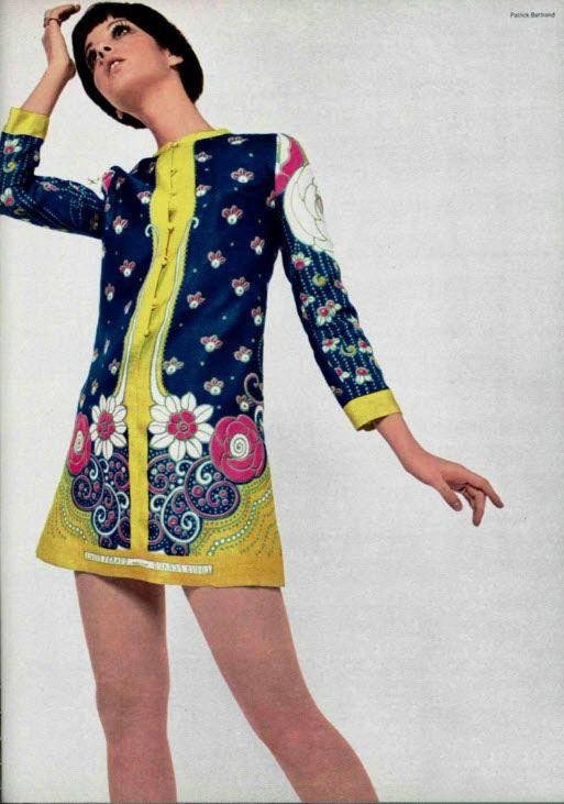 theyroaredvintage:    1960s dress.