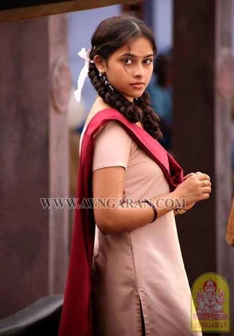 Sri Divya In Varuthapadatha Valibar Sangam Movie Kollywood