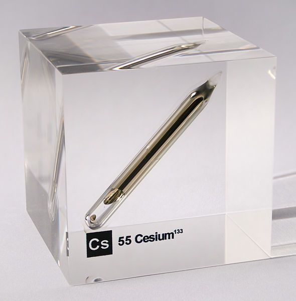 File:Cesium ampoule in acrylic cube.jpg | elektron and the stuff ...