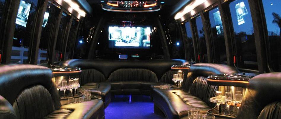 Custom limousine bus interiors the new chrysler for Custom party bus interiors