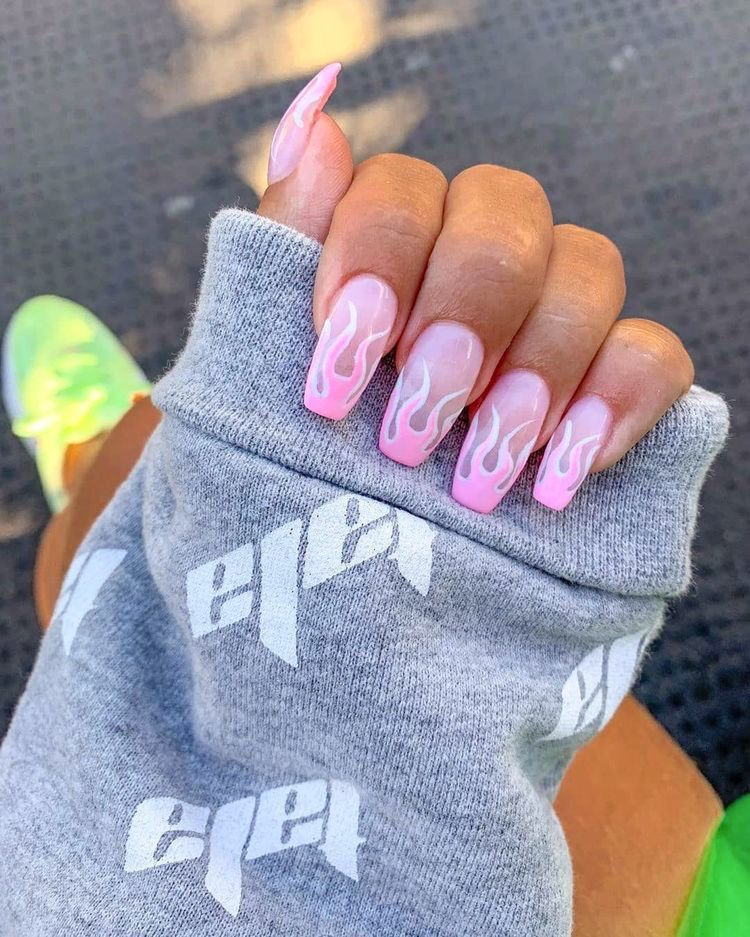 54 The Brightest Spring 2020 Nail Trends That Are So Popular Right Now Ecemella In 2020 Pretty Nail Art Designs Short Acrylic Nails Designs Pretty Nails For Summer