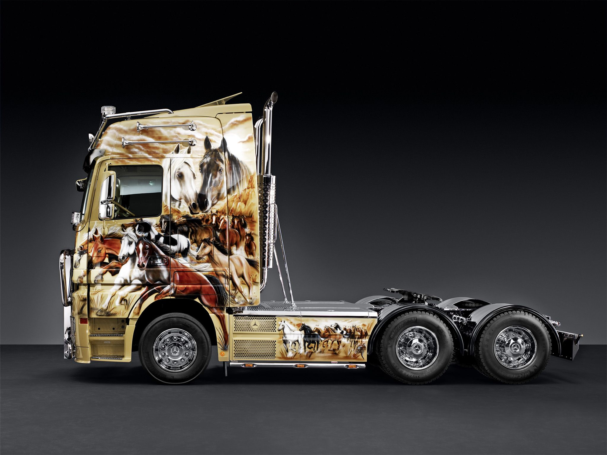 Mercedes benz actros 2660 ls truck n roll edition