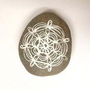 large hand-painted stone | diana fayt : san francisco - artist
