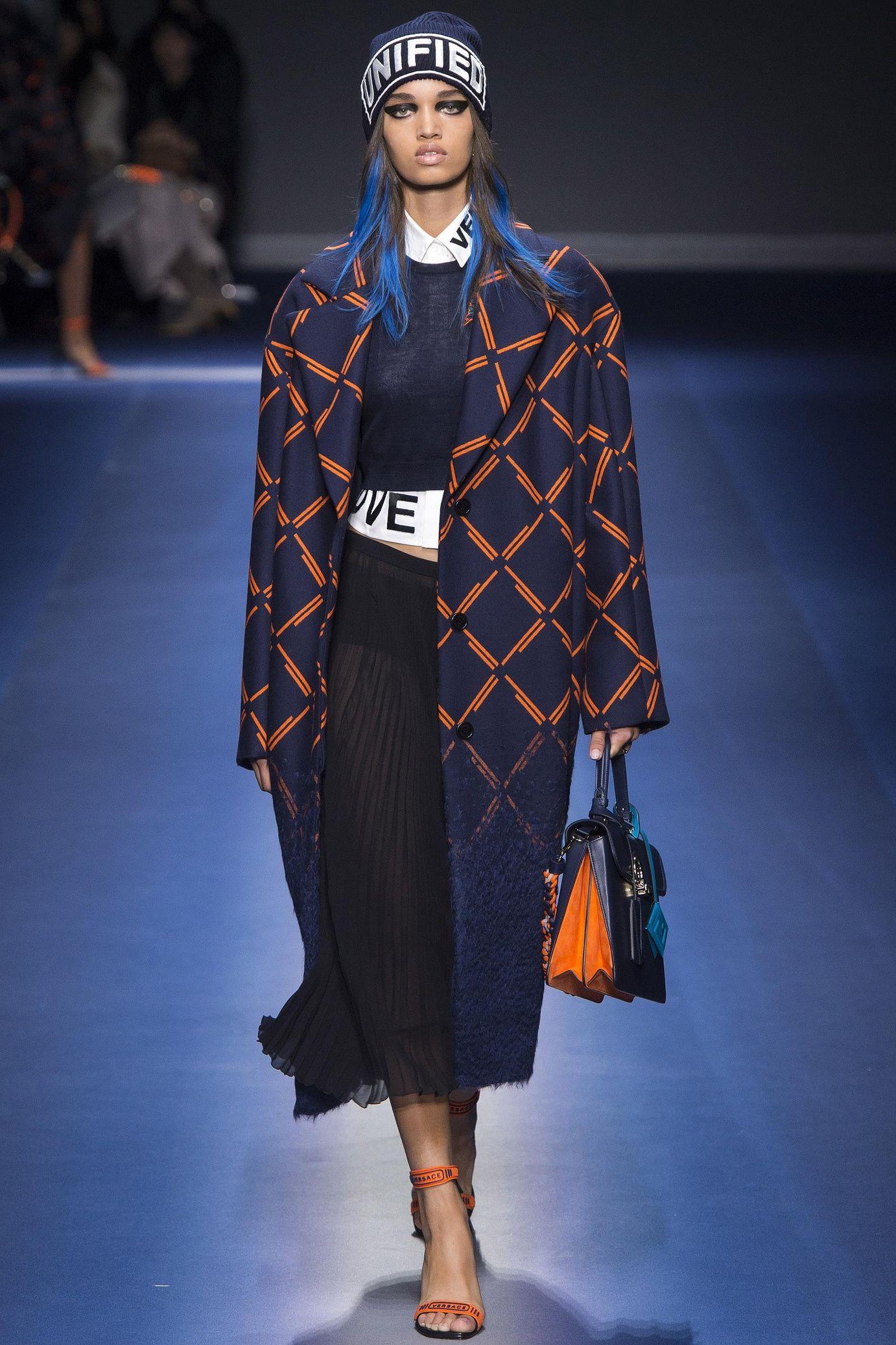 Favori Défilé Versace: prêt-à-porter femme automne-hiver 2017-2018  CC47