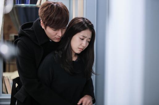 Top 10 feels-inducing K-Drama back hugs | Lee min ho, Back hug, Lee min
