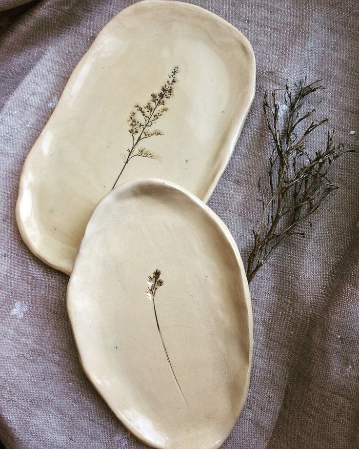 Seifenschalen mit Pflanzenprägung #Keramik #Haushaltswaren #ceramicart