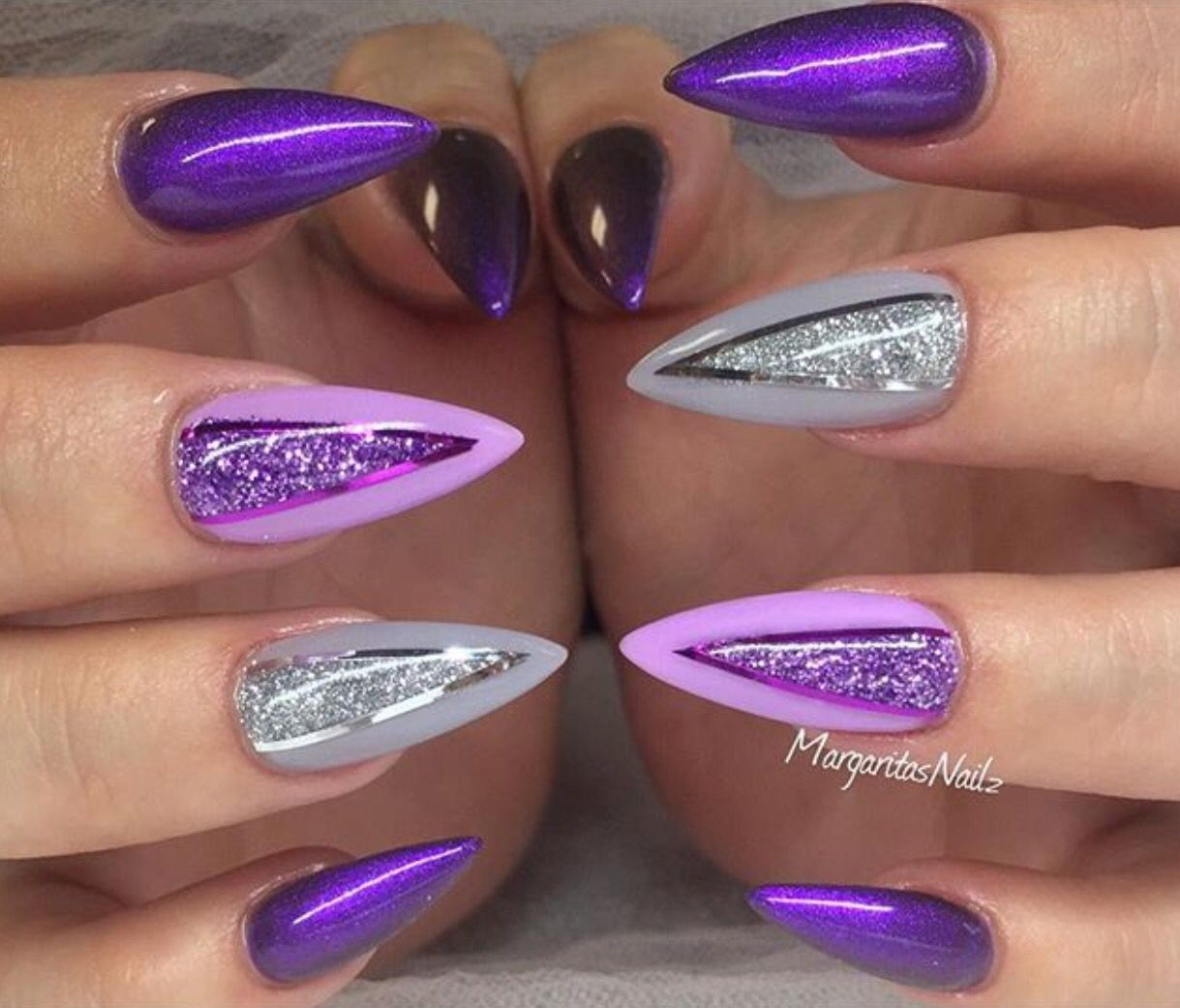 Pin by ✨Empress Esh✨ on ~PRETTY FINGERS & PRETTY TOES~ | Pinterest ...