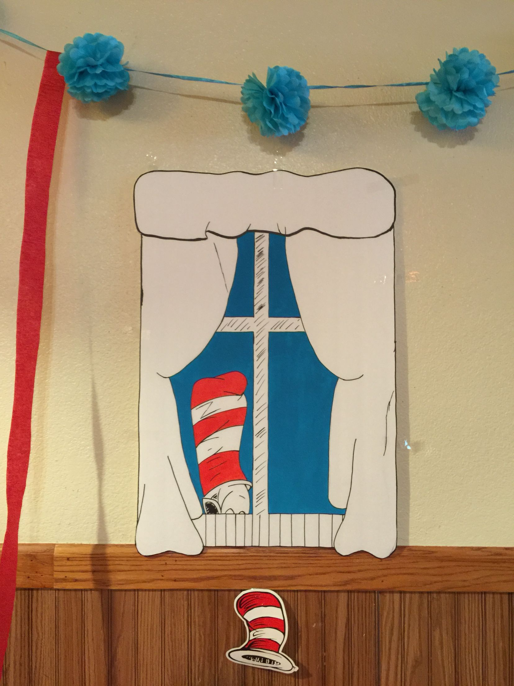 Dr Seuss Cat In The Hat Window Display I Made For Cat In The Hat Birthday Party By Zaida He Dr Seuss Cat In The Hat Cat In The Hat