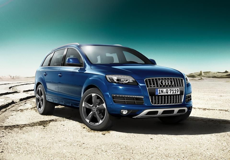 Audi Q7, this color in 2 years this will be added to the fleet.