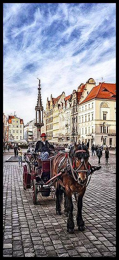 Die Kutsche Auf Dem Breslauer Marktplatz Horse Drawn Poland And City
