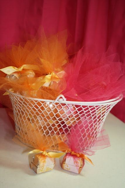 scrappingwest: Bridal Shower Accessories