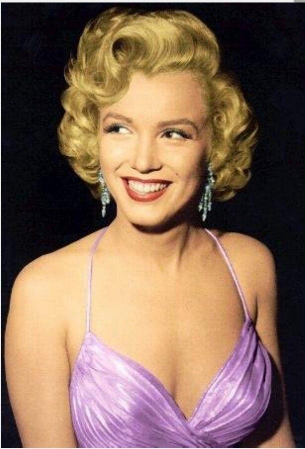 Short Hair Curls Marilyn Monroe Hair Vintage Hairstyles Retro