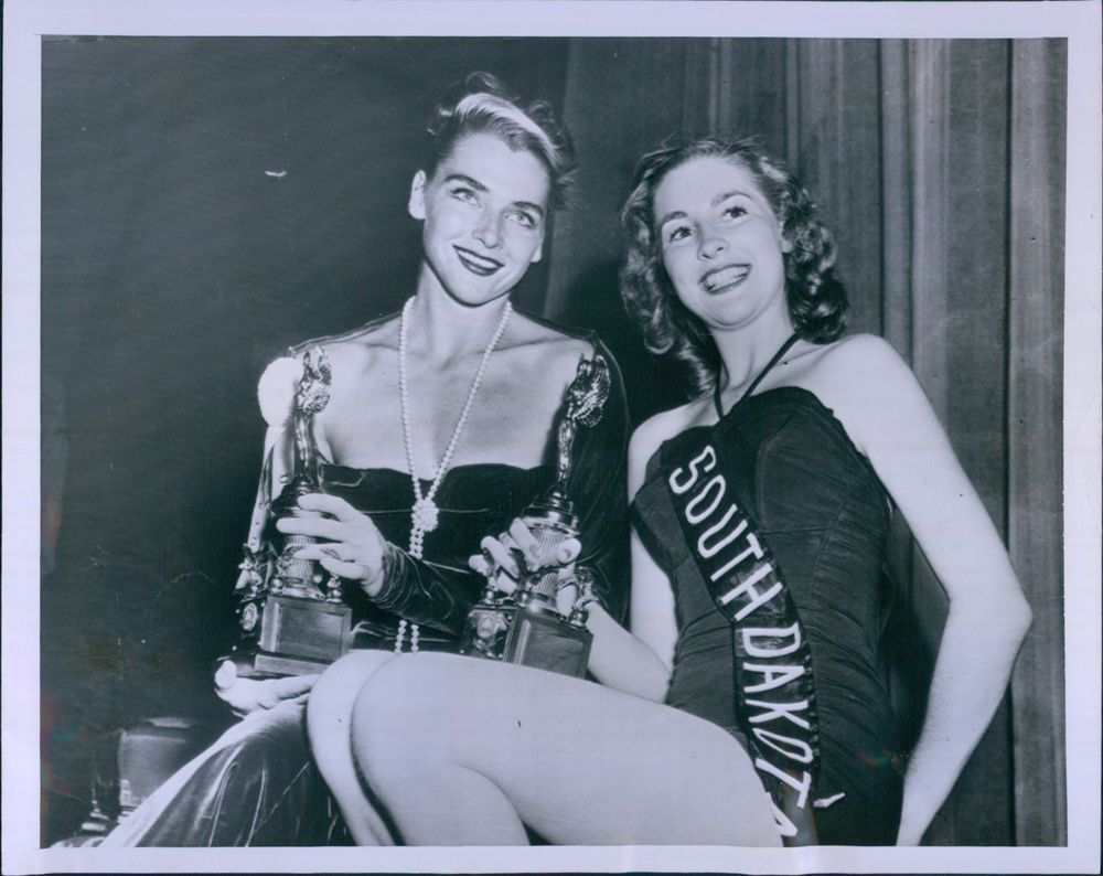 Vint 1952 MISS AMERICA Beauty Pageant Winner Colleen Kay Hutchins