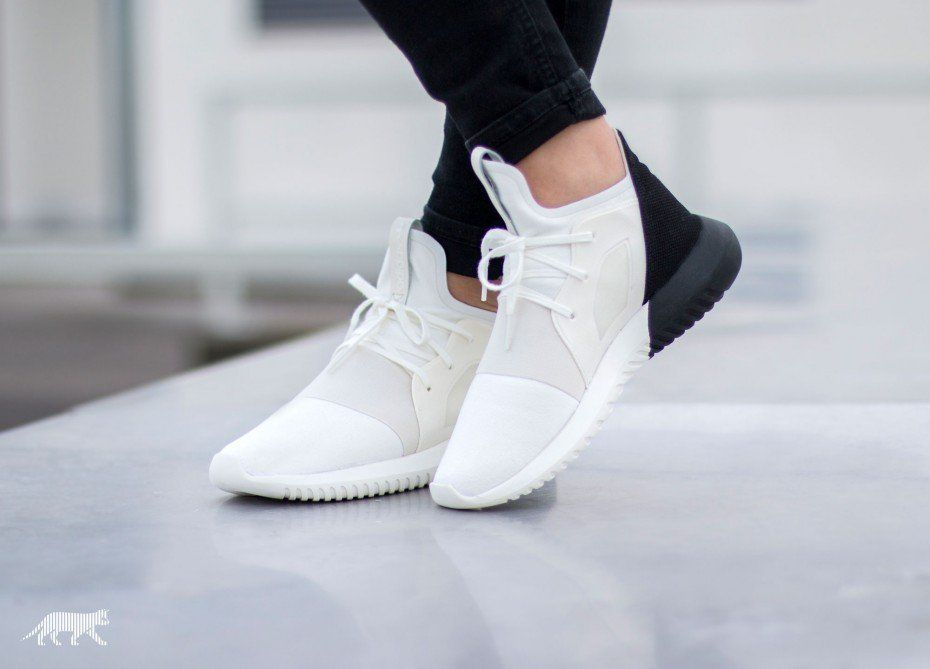 sports shoes df00a 8fe91 adidas Tubular Defiant W (Off White   Off White   Core Black)
