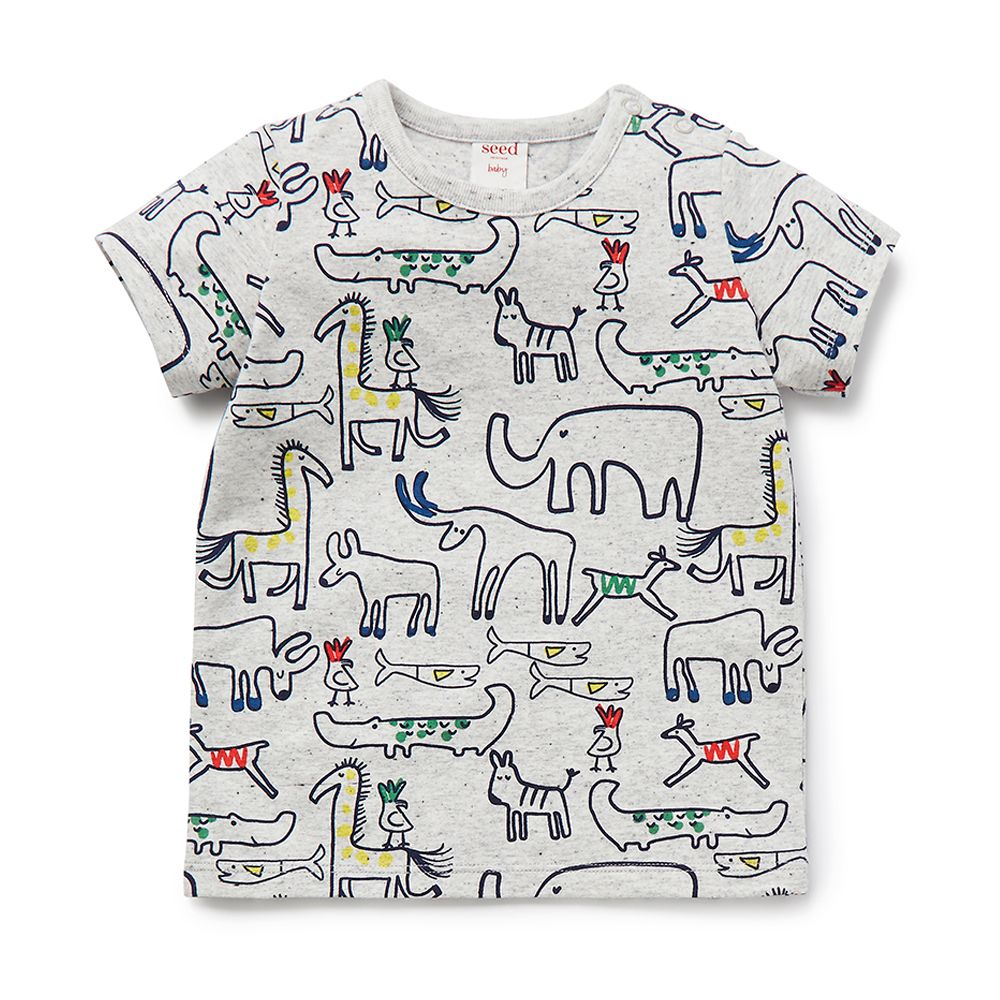 Cotton/Elastane blend Tee. Short sleeve t-shirt with all over animal yardage print. Regular fitting silhouette with snaps on baby's left shoulder for easy dressing. Available in Overcast Marle.