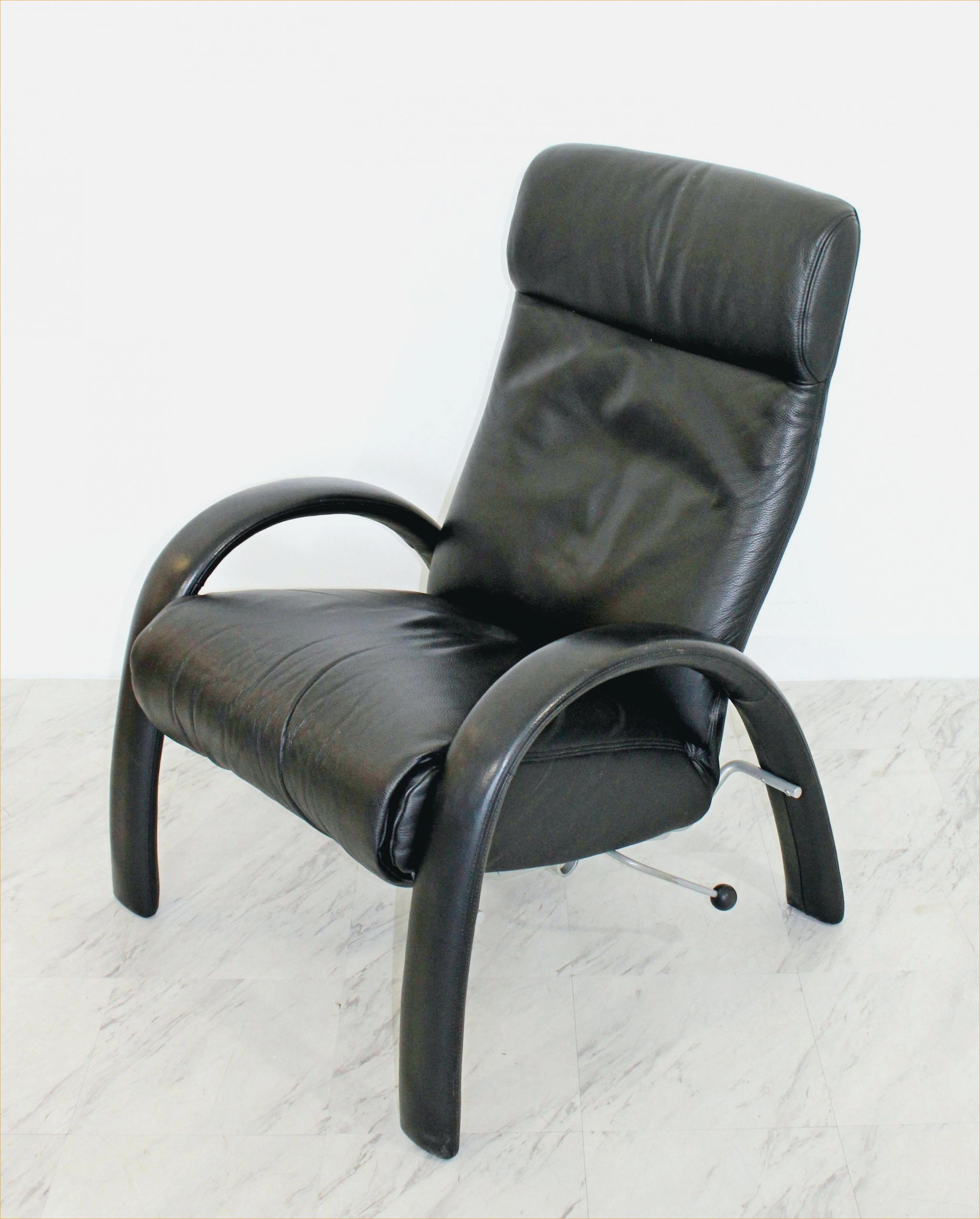 9 Skurril Bild Von Sessel Zum Liegen Black Leather Recliner Leather Recliner Reclining Armchair