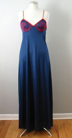 Vintage 70s Nightgown MR JAC JR. Navy Red Small bust 36 at Couture Allure Vintage Clothing
