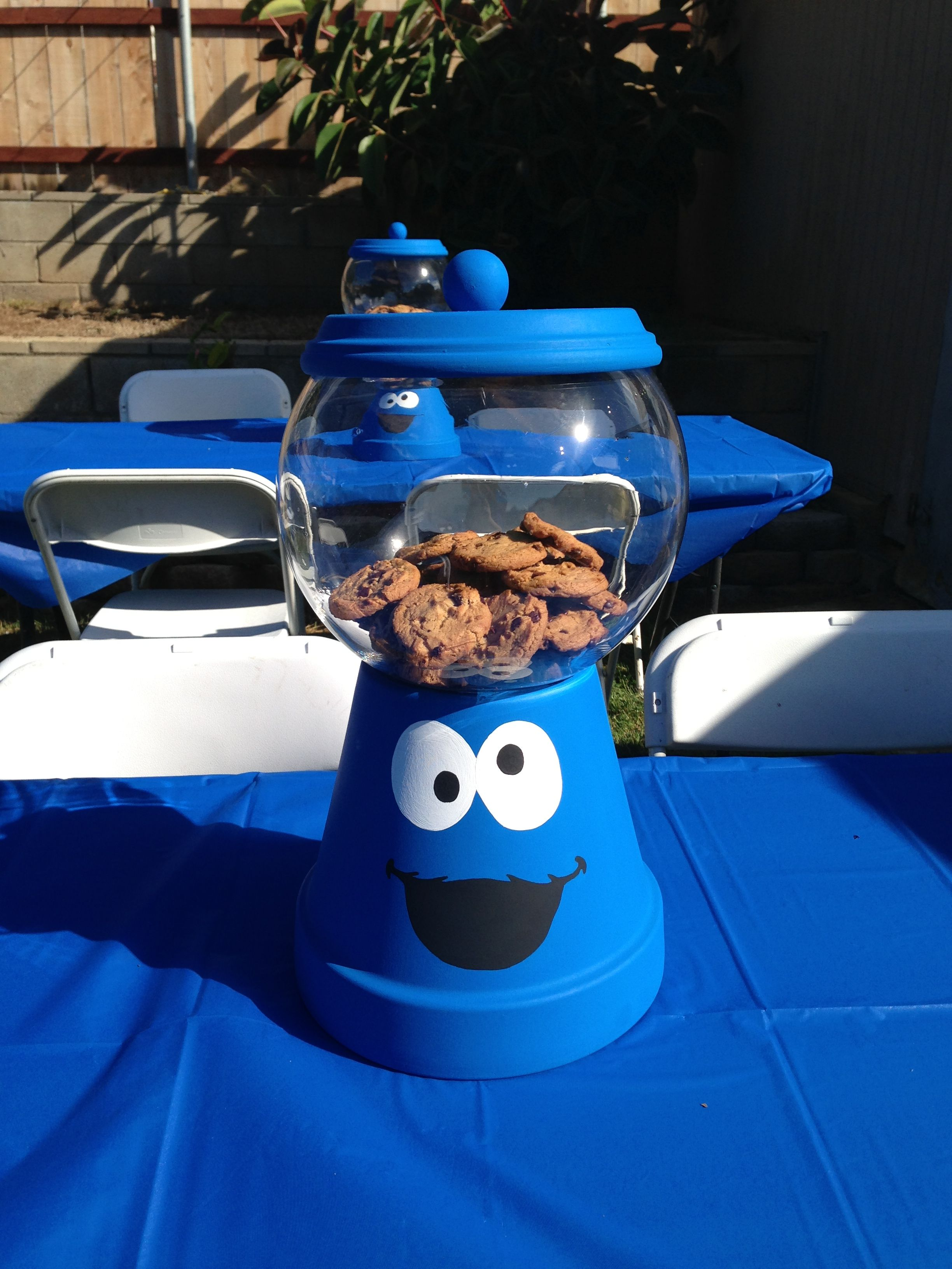 sesame street cookie monster party centerpiece cookie
