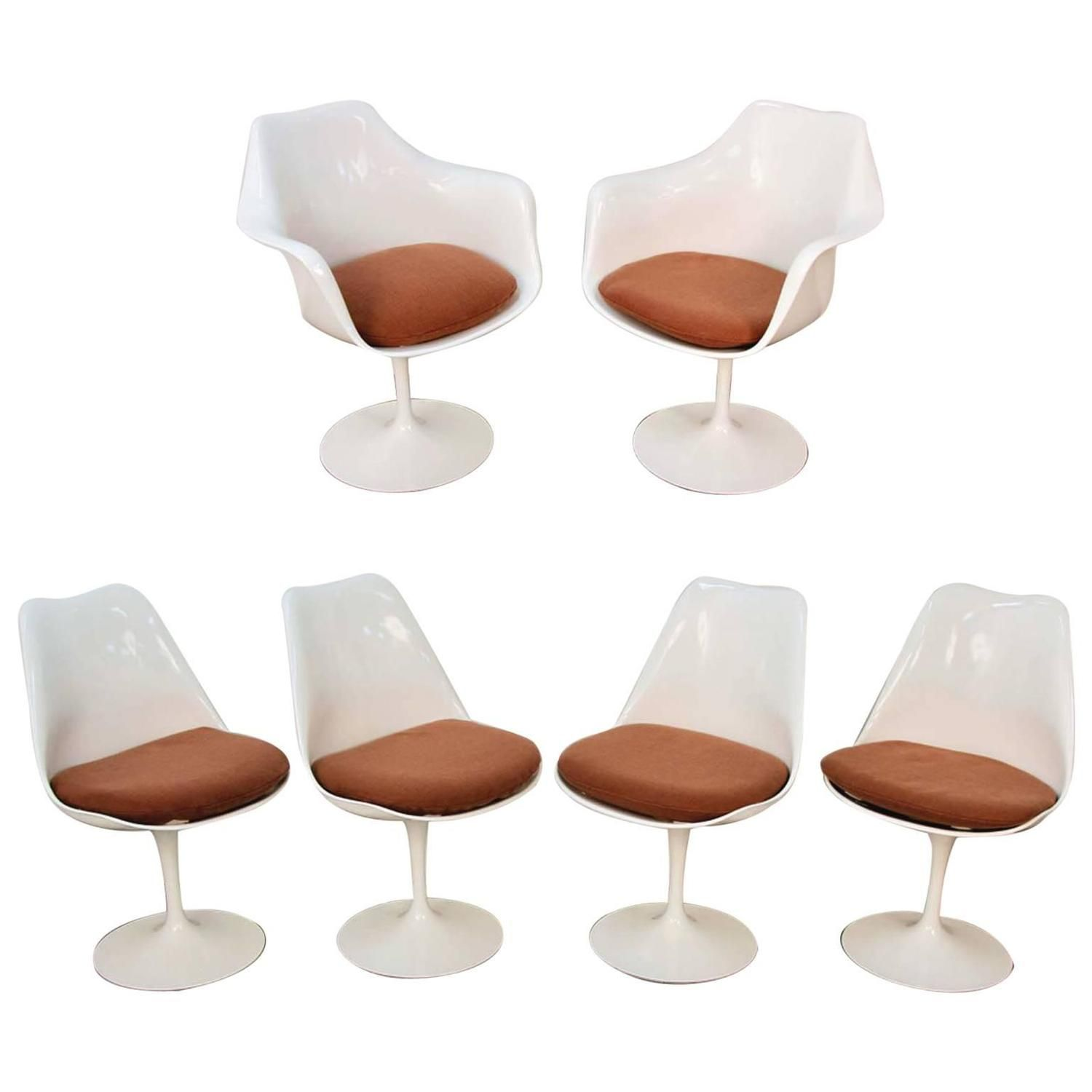 Set Of Six Mid Century Eero Saarinen For Knoll Tulip Chairs