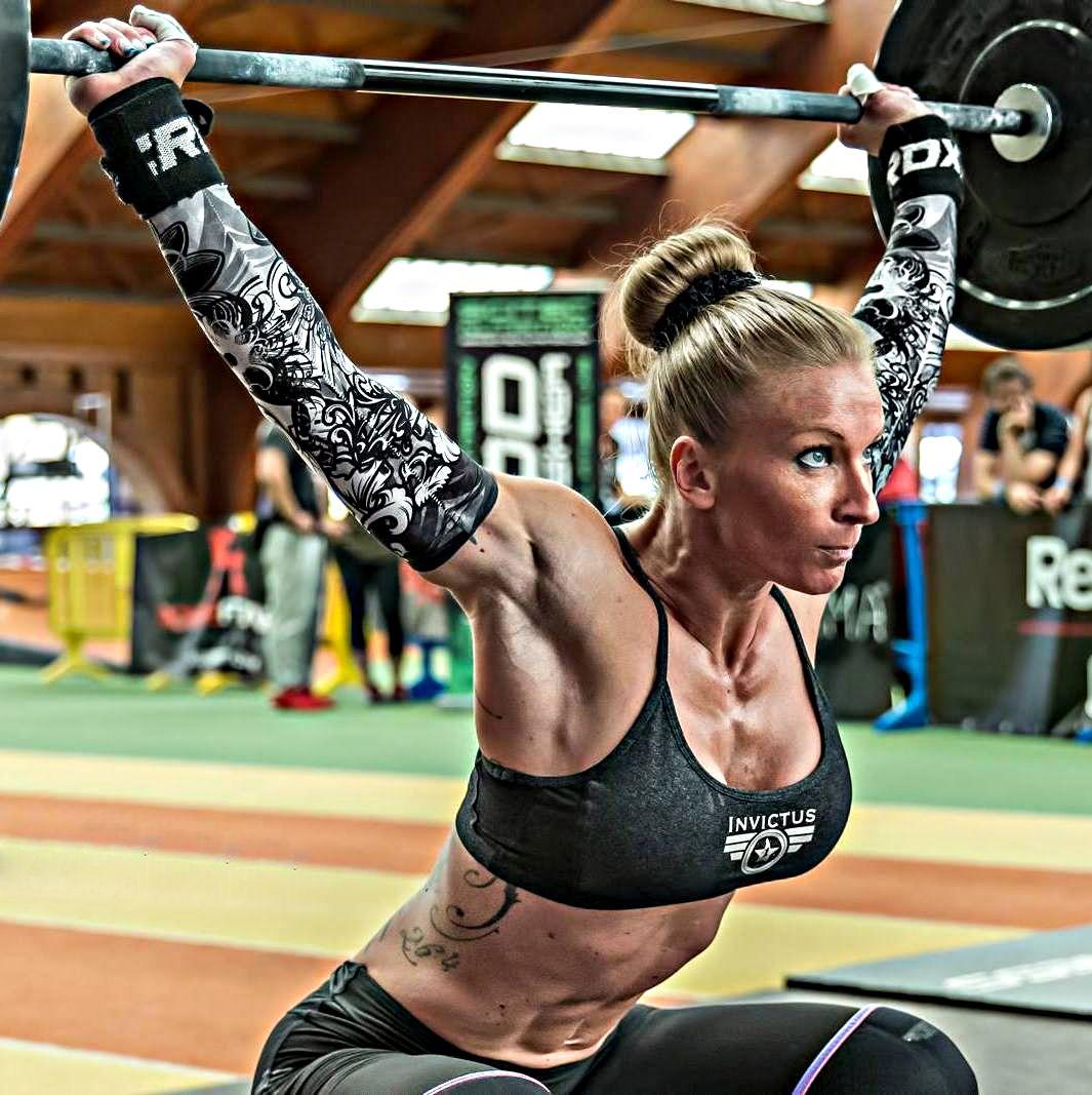 Women S Crossfit Workouts: Crossfit Girls Virginie Rousseauu Tolu By Pete Williamson