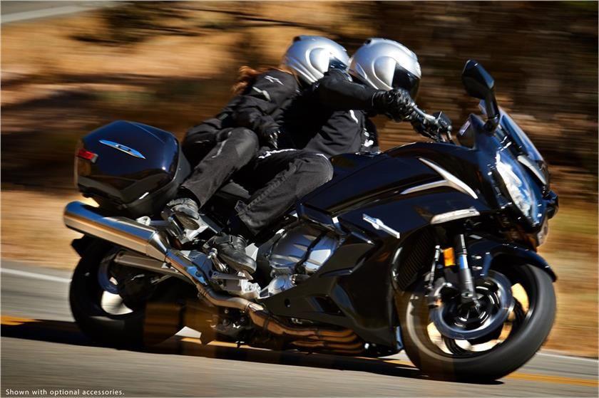 2017 Yamaha FJR1300ES Supersport Touring Motorcycle