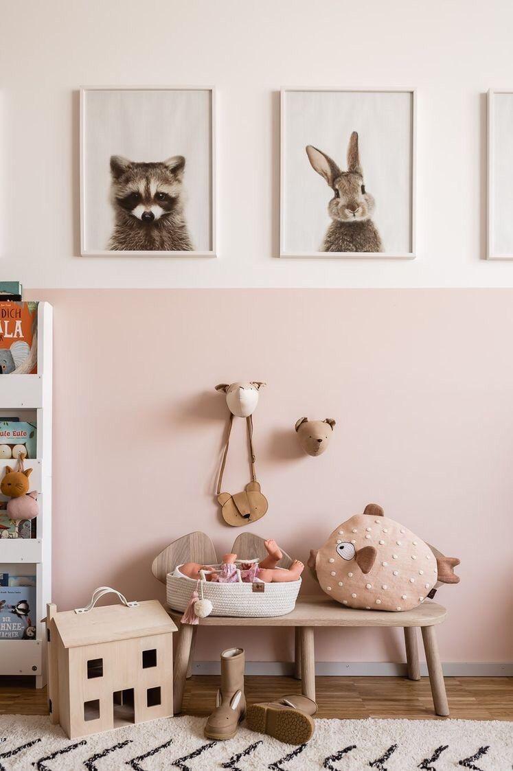 Chambre Rose Poudré Fille chambre enfant fille peinture soubassement rose poudré et