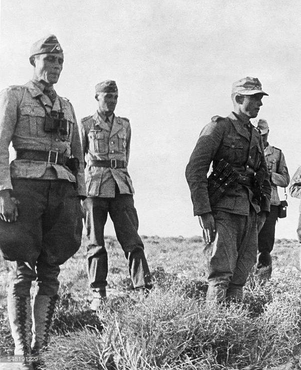 Deutsches Afrikakorps (DAK)   Afrika korps kit inspiration ...