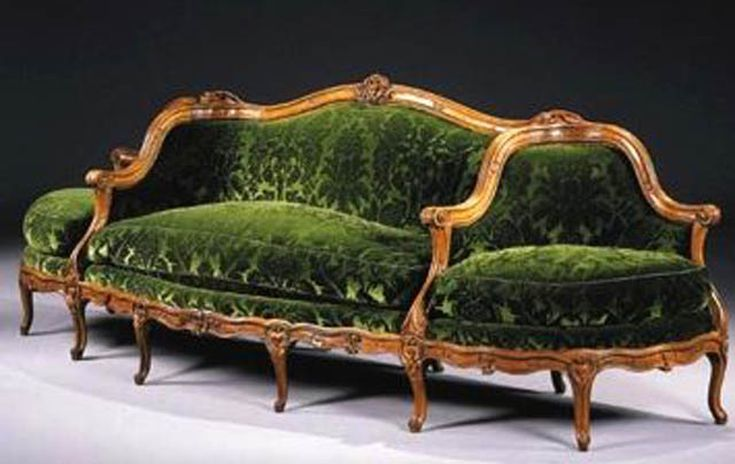 Learn To Recognize 11 Antique Couch Sofa And Settee Styles