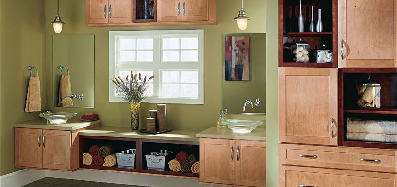 Thomasville Cabinets Cottage Maple Cider Countertop Corian Ochre Faucet Wall Mounted