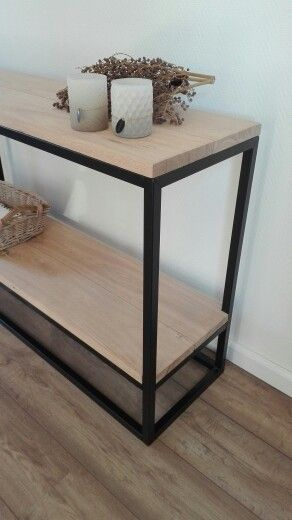 industri le landelijke sidetable met stalen frame en eikenhouten blad. Black Bedroom Furniture Sets. Home Design Ideas