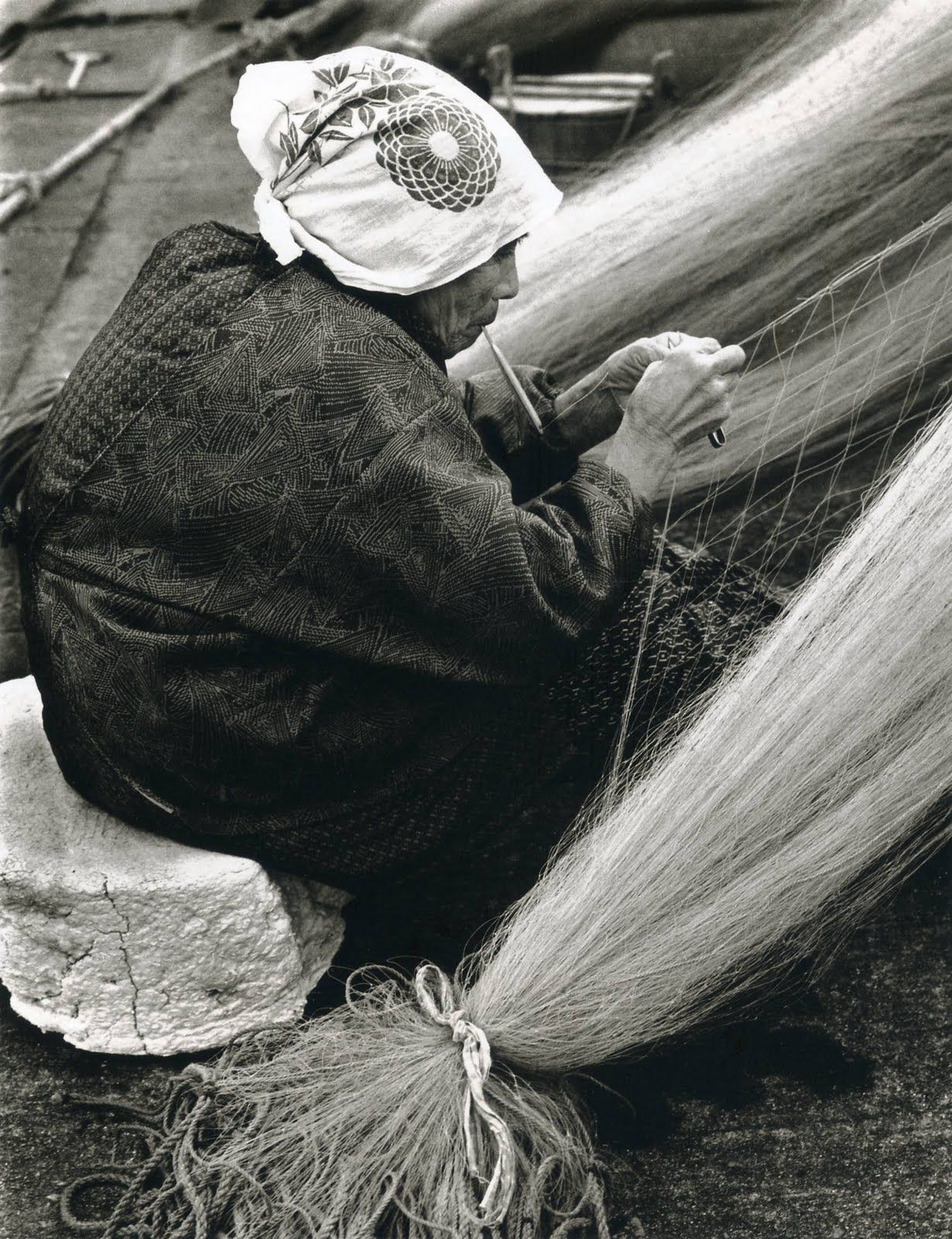 Mending fish net: photo by Linda Butler from Rural Japan