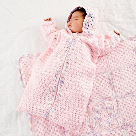 Cute Crocheted Gifts for Kids   Ropa bebe, Vestidos niña y Bebe