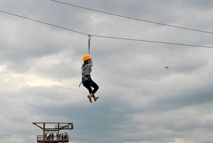 Go and conquer world - Zipline!