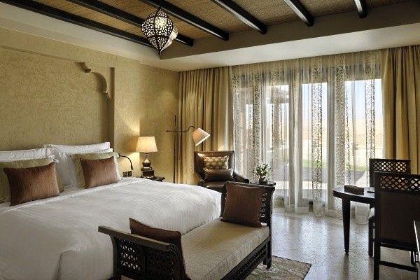 Villa - Chambre Lit King-size - Qasr Al Sarab Desert Resort | abu ...