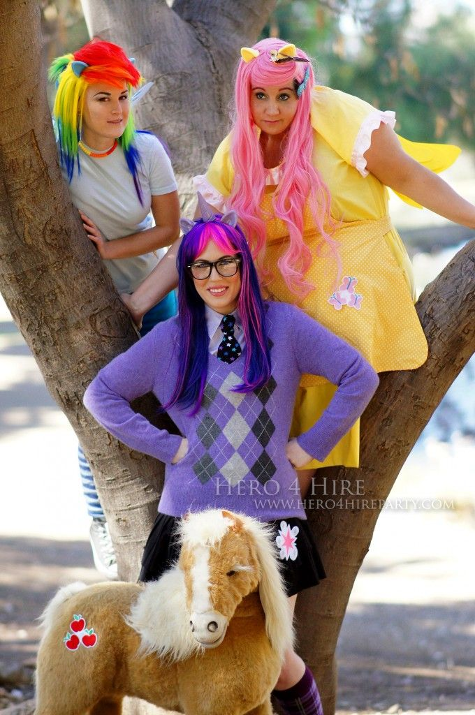 Hire Pony Party Characters For Your Next Friendship Is Magic Birthday Party In Southern California Rainbow Dash Cosplay My Little Pony Characters Rainbow Dash
