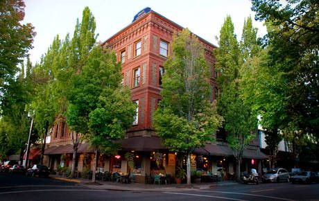 Mcmenamins Hotel Oregon In The Heart Of S Wine Country