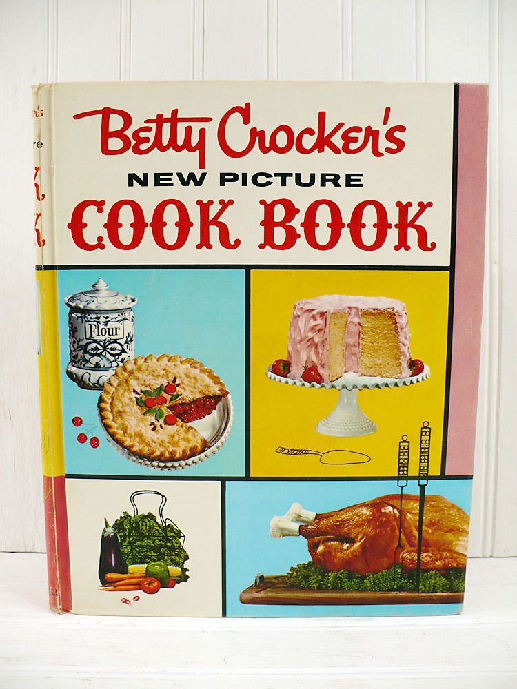 Vintage 1954 betty crocker's good and easy cookbook 1st edition.