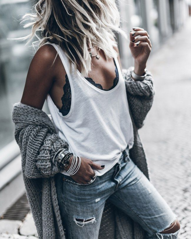 These 6 basics have ALL women with a good style in the closet! –  You can find t…